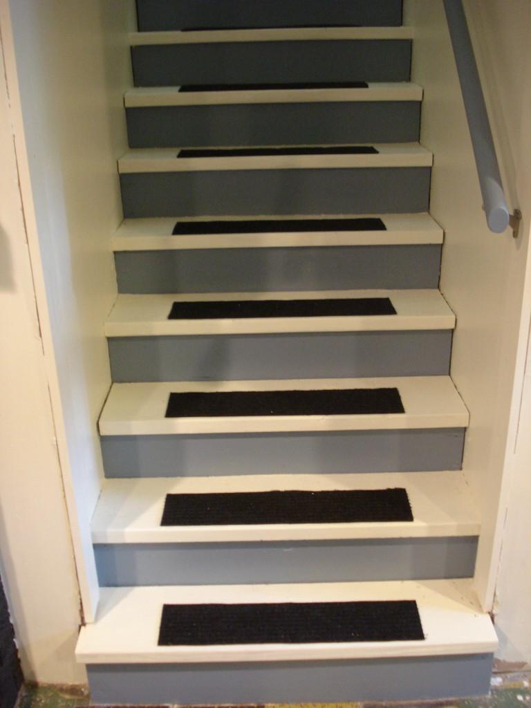basement mcdoelz. Black Bedroom Furniture Sets. Home Design Ideas